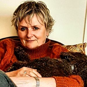 Alternative Image Of Author Lesley Thomson