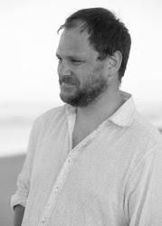 Photograph of Australian author Dean Mayes
