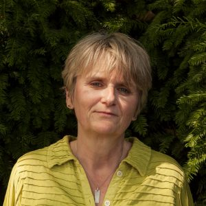 Image Of Author Lesley Thomson