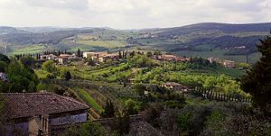 Image Of A Valley In Tuscany - Source Wikipedia