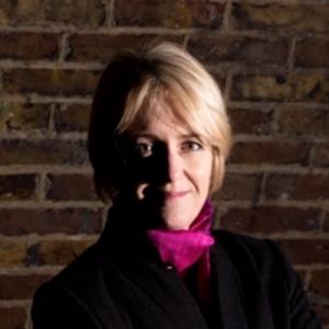 Image of author S.E. Lynes